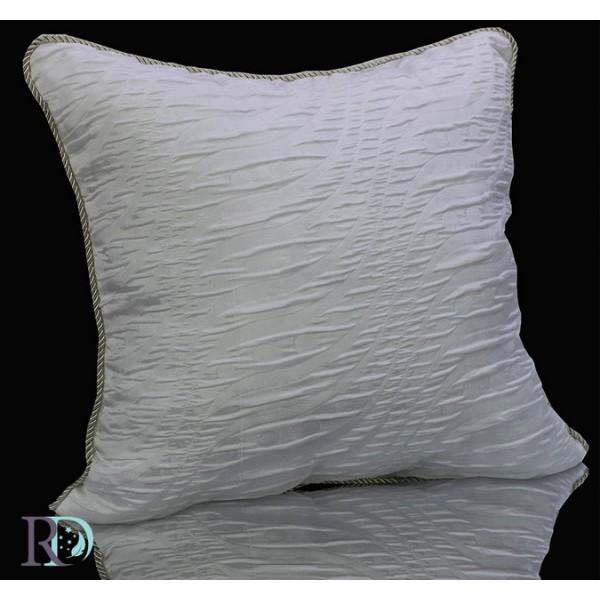 PENELOPE декоративна възглавница в бяло